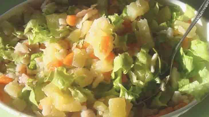 Салат с хеком, картофелем и хреном