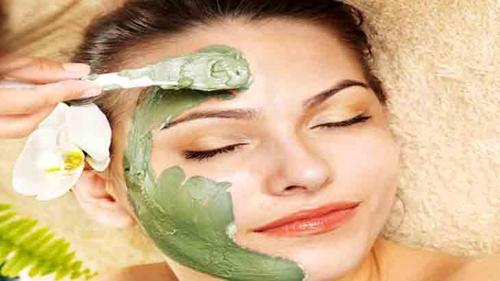 Маски для жирной кожи лица: ягодные маски в домашних условиях