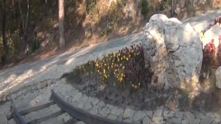 Эммануэлевский парк, памятник железной дороге